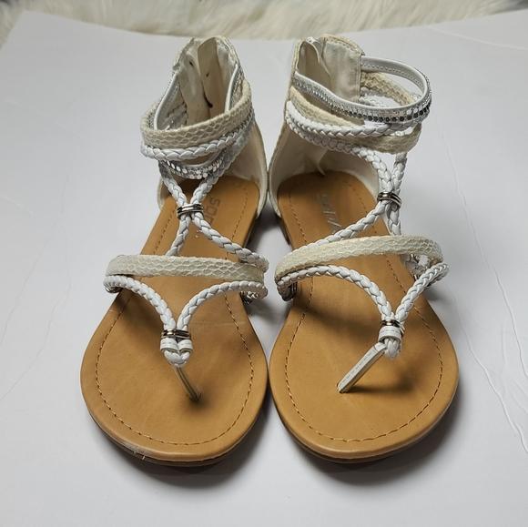 Soda Cream white women sandals